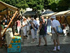This tradicional market of food  is celebrated every Wednesday in the coastal village of San Juan beach and all Saturday Garachicho square in #GuiadeIsora #Tenerife