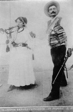 Revista Elementos, Ciencia y Cultura - Fotografiar la revolución mexicana de John Mraz