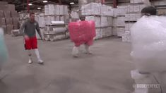 What Inevitably Happens When 5 Guys Have a Bubble Wrap Factory All to Themselves - Neatorama
