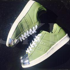 Adidas Kaki Metal
