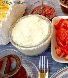 Ev Yapımı Labne Peyniri Snack Recipes, Snacks, Food Court, Baking Tips, Bagel, Camembert Cheese, Brunch, Food And Drink, Healthy Eating
