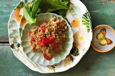 With coconut, coriander and lemon grass, this Thai-style pork mince dip is rich and flavoursome.