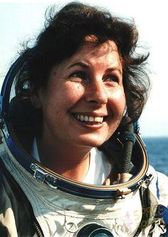 Larisa Grigoriyevna Pozharskaya (Soviet cosmonaut, born Zaraisk)