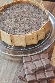 """Stardust"" chocolate caramel cake. #cake #chocolate #caramel #diy #stardust #aliceartcafe #kawiarniaalicji #dessert #cookies"