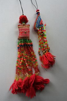 Handmade with colorful beads:: Handmade Jewelry, Diy Jewelry, Jewelry Making, Textile Jewelry, Fabric Jewelry, Tassel Necklace, Pom Poms, Textiles, Passementerie