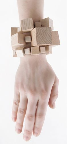 WOOD bracelet 300. I like this. Try to find natural wooden pieces to make something similar.