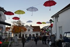 Umbrellas decorated in Lillesand. During the Autumn culture night in the idyllic town Lillesand in Southern Norway Photo: Elisabeth Høibo©Visit Southern Norway