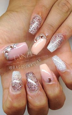 I love the nail art. But the nail style is not what interests me particularly. I'd rather keep them in a round shape.