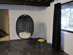 Hanging basket chair