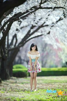 Ryu Ji Hye - Spring Dress Skirt Her Style, Dress Skirt, Shoulder Dress, Spring, Skirts, Dresses, Fashion, Formal Skirt, Vestidos