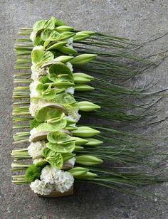 Anthurium Midori perfect match with lillies Design Floral Moderne, Modern Floral Design, Ikebana, Deco Floral, Arte Floral, Creative Flower Arrangements, Floral Arrangements, English Flowers, Home Flowers