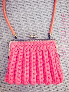 BOLSO TRAPILLO PUNTO CANELÉ / Knit and Love