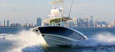 Boston Whaler 350 Outrage - scoprilo su boatmag.it  http://www.boatmag.it/barche-e-yacht-a-motore/tanta-potenza-per-il-350-outrage-il-nuovo-fisherman-per-la-pesca-daltura-di-boston-whaler