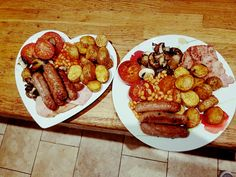 Fry up 4.5 syns but just as a fry up should be!!! Try Asda reduced fat sausages only £1.50 for 8