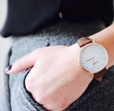 CLUSE watch | brown http://clusewatches.com/model/cluse-laboheme-white-brown