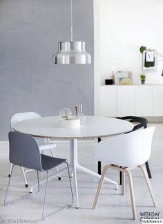tuoli,ruokapöytä,keittiö,valkoinen,harmaa,olohuone,valaisin
