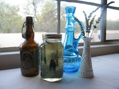August and After: DIY: vintage pictures and mason jars Quart Size Mason Jars, Blue Mason Jars, Mason Jar Picture, Decorating With Pictures, Decorating Ideas, Jar Centerpieces, Diy Wedding Decorations, Wedding Ideas, Vintage Crafts