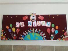 23 nisan pano süslemeleri ile ilgili görsel sonucu Art Bulletin Boards, Art For Kids, Crafts For Kids, Preschool Art Activities, Second Wedding Anniversary, Puppet Crafts, World Crafts, Birthday Board, Child Day