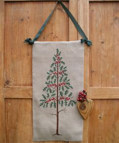 Agrifoglio From Renato Parolin - Cross Stitch Charts - Cross Stitch Charts - Casa Cenina Cross Stitch Tree, Cross Stitch Flowers, Cross Stitch Charts, Cross Stitch Designs, Cross Stitch Patterns, Christmas Cross, Christmas Stuff, Christmas Tree, Burlap Baby