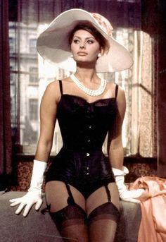 Sophia Loren - full-blown sexy in white pearls