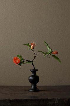 Master of flower arrangements, Toshiro Kawase