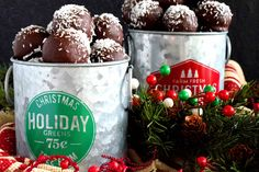 A sweet, moist, coconut and vanilla flavoured center, covered in a chocolate coating, Chocolate Coconut Balls are an easy, no-bake holiday favourite! Best Sugar Cookie Recipe, Best Sugar Cookies, Coconut Cookies, Christmas Sweets, Christmas Baking, Xmas, Christmas Candy, Christmas Recipes, Chocolate Coating