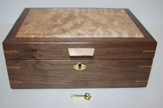 Handcrafted Locking Box. Walnut with Quilted Maple Lid. Self Lifting Tray.