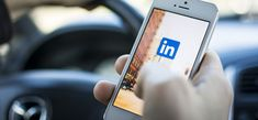 Want to make the most out of LinkedIn for professional networking and business growth? One marketing expert gives 15 LinkedIn mistakes to avoid. Linkedin App, Linkedin Network, Linkedin Summary, Microsoft Excel, Digital Marketing Strategy, Social Media Marketing, Social Web, Marketing Strategies, Online Marketing