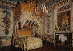 Bedroom in the russian palace Pawlovsk