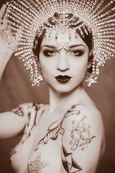 headpiece  make-up for burlesque or bellydance