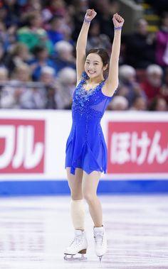 真凜出発30分前に出場決断 会心両手ガッツ「心から出て良かった」(スポーツ報知) - Yahoo!ニュース Ice Skating, Figure Skating, Gymnastics Pictures, Female Athletes, Sport Girl, Simply Beautiful, Asian Woman, Marines, Skate