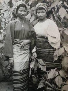 "nigerianostalgia: ""Yoruba Ladies, 1964 Vintage Nigeria """