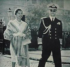 King of Thailand. My beloved King, ♥Bhumibol Adulyadej, Rama IX, the ninth… King Bhumipol, King Rama 9, King Of Kings, King Queen, Queen Sirikit, Bhumibol Adulyadej, Great King, Great Leaders, Rodin