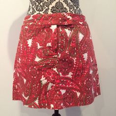 J. Crew Paisley Skirt Army green and red paisley on this J. Crew skirt. Perfect condition. J. Crew Skirts Mini