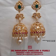 Gold Earrings Models, Gold Earrings For Kids, Gold Jhumka Earrings, Jewelry Design Earrings, Gold Earrings Designs, Gold Jewellery Design, Gold Jewelry, Jhumka Designs, Siri