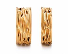 ORRO Contemporary Jewellery Glasgow - Niessing - Gold Plisse Wedding Rings - gold - Available in and widths Cute Jewelry, Jewelry Shop, Jewelry Stores, Jewelry Art, Wedding Jewelry, Jewelry Accessories, Jewelry Design, Jewellery Box, Horse Jewelry