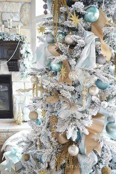 Gorgeous aqua and gold Christmas tree