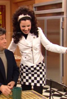 What Fran Wore: White Moschino motorcycle jacket + checkered skirt School Fashion, 80s Fashion, Vintage Fashion, Miss Fine, Fran Fine Outfits, Clueless Outfits, Checkered Skirt, Famous Girls, Fran Dresher