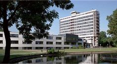 Hof van Wageningen Hotel en Congrescentrum Wageningen Discover historical Wageningen from this convenient location in the centre, right next to the university. Make use of the hotel's restaurant and many private parking facilities.