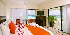 Cancun Beach Photos & Photo Gallery | Crown Paradise Club, Mexico