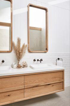 134 gorgeous farmhouse bathroom remodel ideas and design 22 Bathroom Trends, Bathroom Sets, Wood Bathroom, Master Bathroom, Timber Bathroom Vanities, Chic Bathrooms, Bathroom Layout, White Bathroom, Small Bathroom