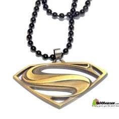 Superman Logo Locket Golden Colo Fashionable and popular American style jewelry, suitable for man in the party, tourism and so on occasion wear, it is one of the best holiday gifts. Birthday gift, graduation as a souvenir, etc. • 100% Brand New And High quality • Material: Stainless steel