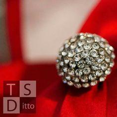 TSDittoPhotography.com Macro Photography, Diamond Earrings, Photoshoot, Engagement, Jewelry, Ideas, Jewlery, Photo Shoot, Jewerly