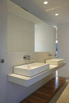 Great sinks with wall-mounted faucets.
