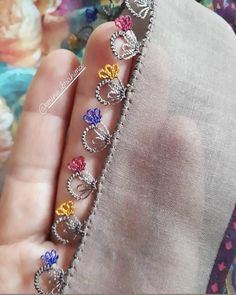 Bu İğne Oyası Modelleri En Çok Aranan 50 Model Arasında Yer Alıyor These Needle Lace Models Are Among The Top 50 Most Wanted Models Rick Rack, Tiffany Jewelry, Tatting, Baby Wallpaper, Jewelry Illustration, Diy Purse, Jewelry Model, Needle Lace, Embroidery For Beginners