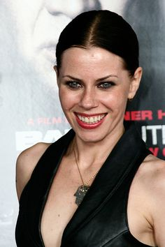 Fairuza balk hot