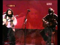 Carrickfergus - Barney McKenna & the Dubliners