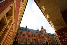 La cour d'honneur du musée de l'Hospice Comtesse à Lille