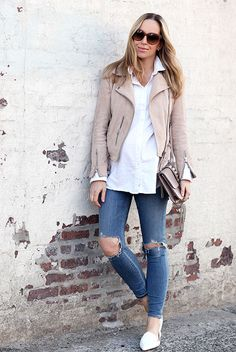 spring outfit, casual outfit, comfy outfit, maternity outfit, spring fashion, street style, street chic style - blush leather jacket, pale pink leather jacket, white long shirt, distressed skinny jeans, white loafers, white pointy toe flats, brown sunglasses, blush shoulder bag, pale pink shoulder bag