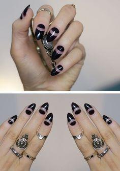 trendy-black-moon-shape-nails